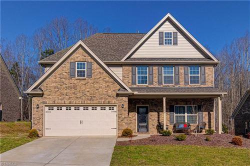 Photo of 6149 Barrington Oaks Drive, Clemmons, NC 27012 (MLS # 1008094)