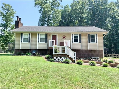 Photo of 135 Rhyne Court, Clemmons, NC 27012 (MLS # 986110)