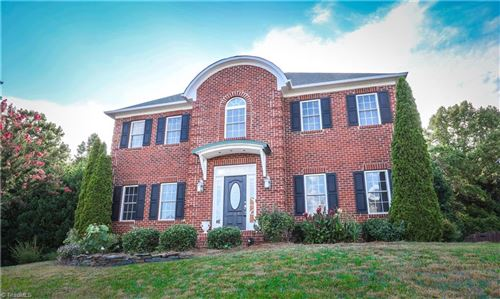 Photo of 945 Boyer Drive, Clemmons, NC 27012 (MLS # 986114)