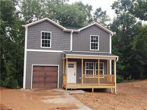 Photo of 3688 Vest Mill Road, Winston Salem, NC 27103 (MLS # 989116)
