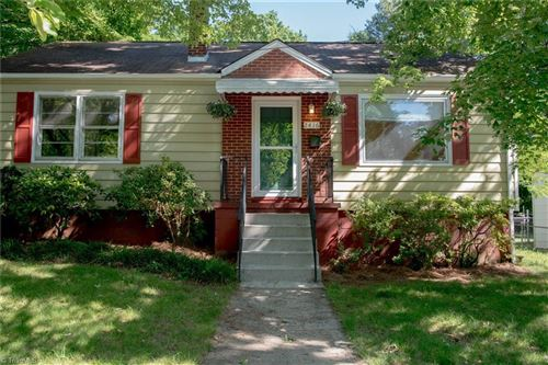 Photo of 2416 Westover Drive, Winston Salem, NC 27103 (MLS # 971142)