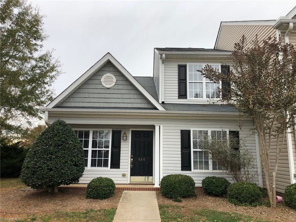 Photo of 484 Dunwood Drive, High Point, NC 27265 (MLS # 957146)