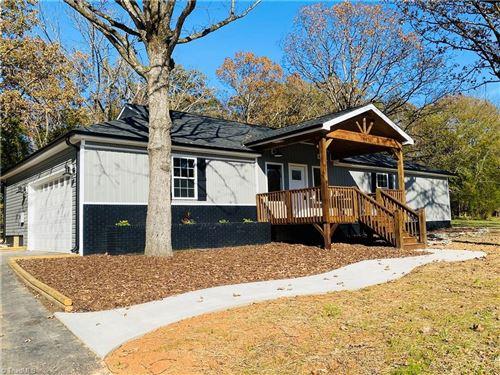 Photo of 467 Sullivan Road, Thomasville, NC 27360 (MLS # 002151)