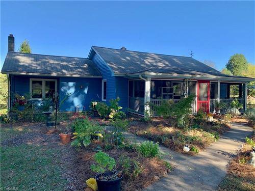 Photo of 289 Bent Farm Road, Stoneville, NC 27048 (MLS # 1047155)