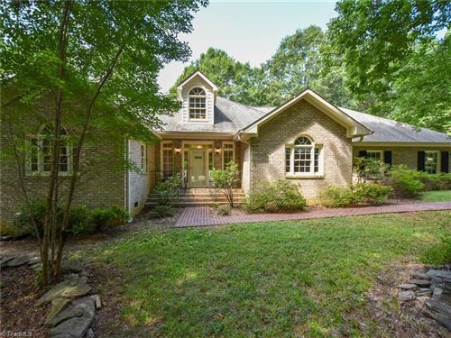 Photo of 4260 Gardenspring Drive, Clemmons, NC 27012 (MLS # 986155)