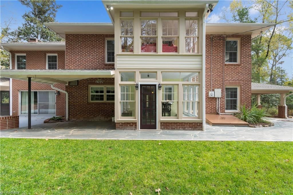Photo of 105 Shadow Valley Road, High Point, NC 27262 (MLS # 956161)