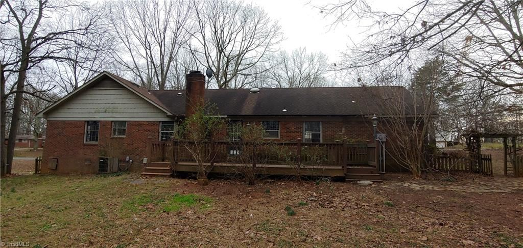 Photo of 615 Shellhabour Boulevard, Rural Hall, NC 27045 (MLS # 963164)