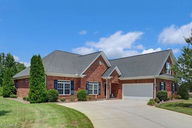 Photo of 4077 Cosway Court, High Point, NC 27265 (MLS # 989178)