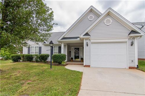 Photo of 4727 Summerlyn Place Drive, Kernersville, NC 27284 (MLS # 980190)
