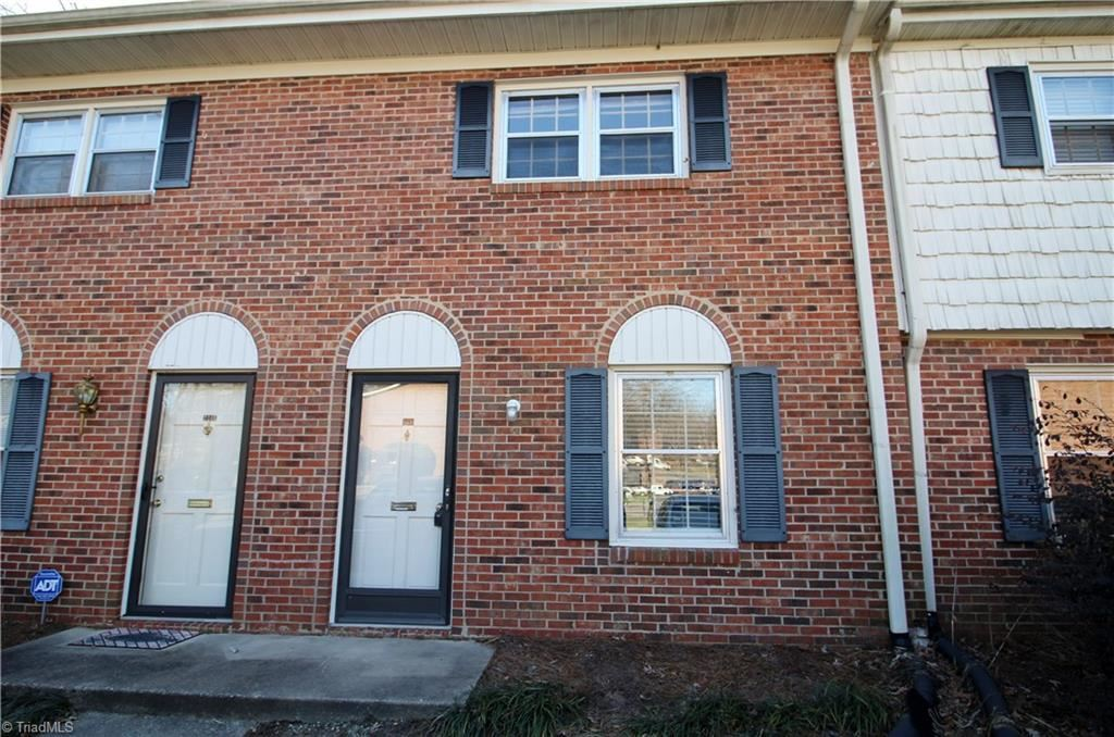 Photo of 224 Northpoint Avenue, High Point, NC 27262 (MLS # 963190)
