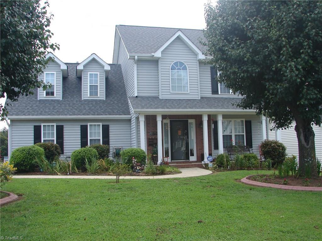 Photo of 3754 Hunt Chase Drive, Greensboro, NC 27407 (MLS # 989190)