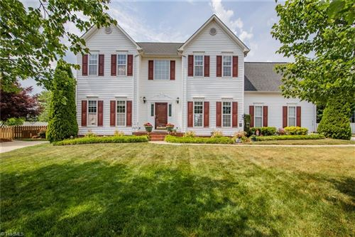 Photo of 4333 Southern Oak Drive, High Point, NC 27265 (MLS # 1023226)