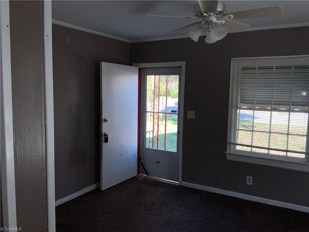 Photo of 207 Whittier Avenue, High Point, NC 27262 (MLS # 957256)