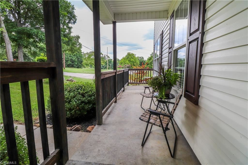 Photo of 2710 Mcconnell Road, Greensboro, NC 27401 (MLS # 989265)