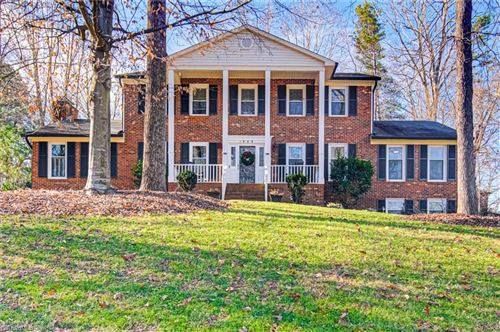 Photo of 1908 Westheimer Drive, Clemmons, NC 27012 (MLS # 1007266)