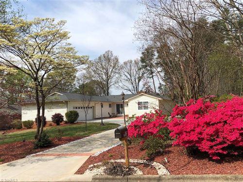 Photo of 1013 Branchwood Drive, Kernersville, NC 27284 (MLS # 984266)