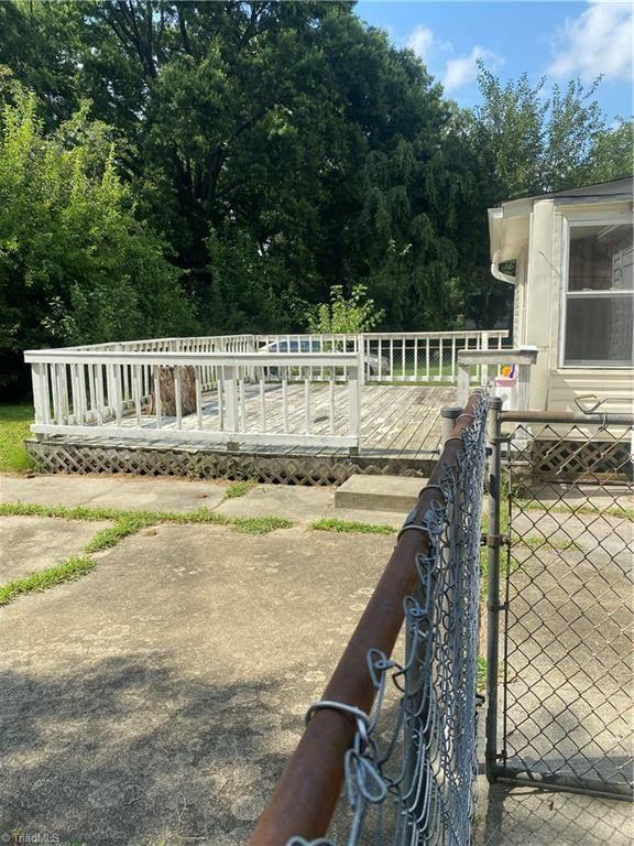 Photo of 1117 Bridges Drive, High Point, NC 27262 (MLS # 989271)