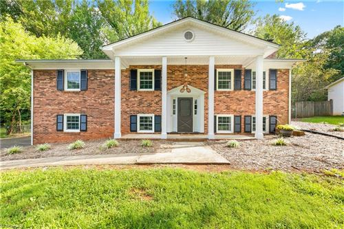 Photo of 6020 Parkdale Drive, Clemmons, NC 27012 (MLS # 993283)