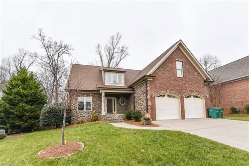Photo of 7131 Greystone Village Court, Clemmons, NC 27012 (MLS # 1008284)