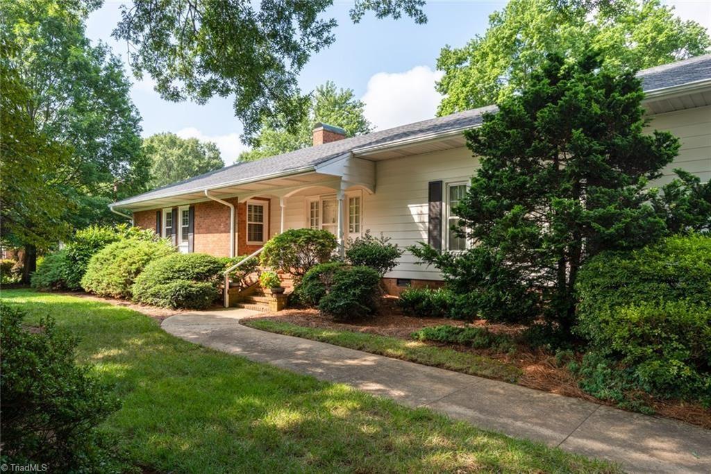 Photo of 519 Woodvale Drive, Greensboro, NC 27410 (MLS # 989298)