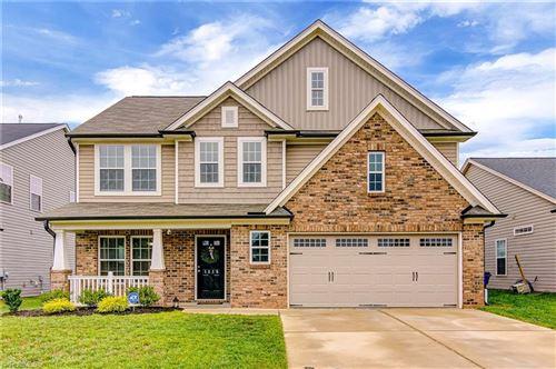 Photo of 1415 Land Grove Drive, Kernersville, NC 27284 (MLS # 981326)
