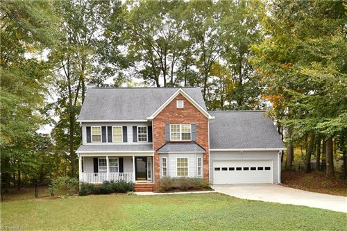 Photo of 110 Meadowcrest Court, Clemmons, NC 27012 (MLS # 959342)