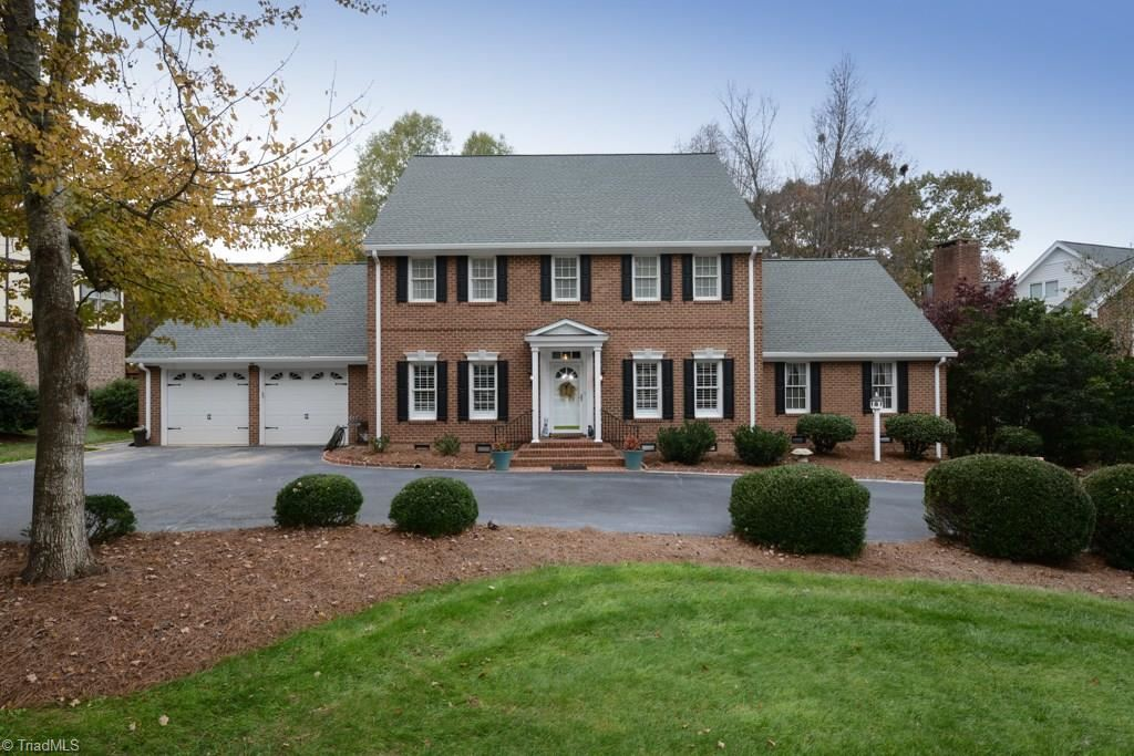 Photo of 1605 Heathgate Point, High Point, NC 27262 (MLS # 957343)