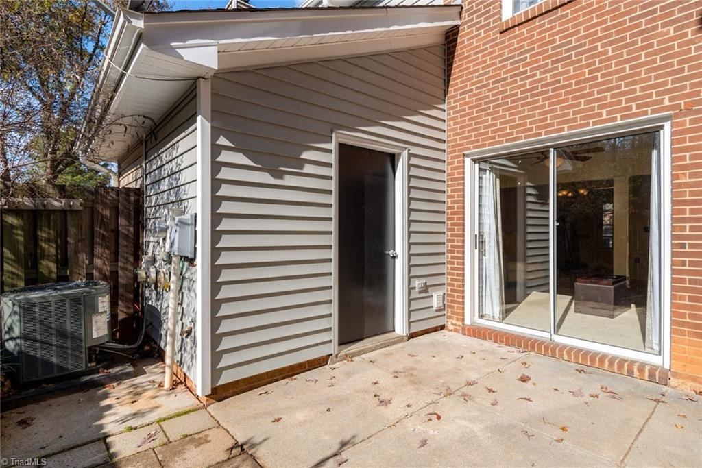 Photo of 2663 Cottage Place, Greensboro, NC 27455 (MLS # 957357)