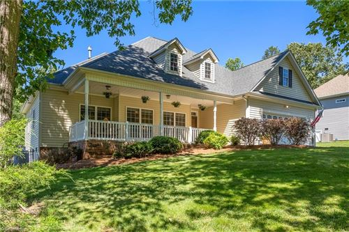 Photo of 5014 Sheffield Place Drive, Kernersville, NC 27284 (MLS # 979378)