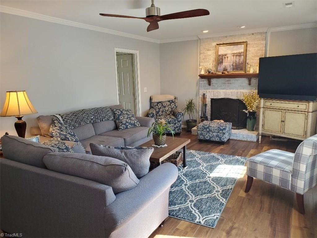 Photo of 4115 Trappers Run Court, High Point, NC 27265 (MLS # 994382)