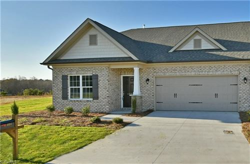 Photo of 404 Overlook Trail, Clemmons, NC 27012 (MLS # 943394)