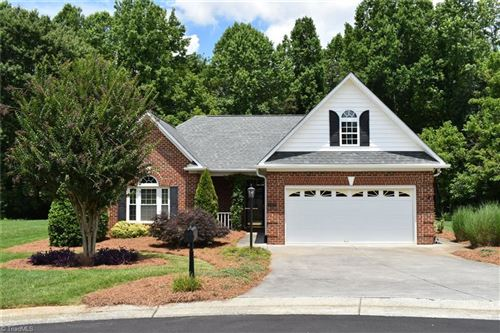 Photo of 105 Meadows Edge Road, Clemmons, NC 27012 (MLS # 983415)