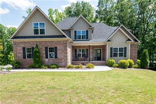 Photo of 218 Bandelier Court, Clemmons, NC 27012 (MLS # 977441)