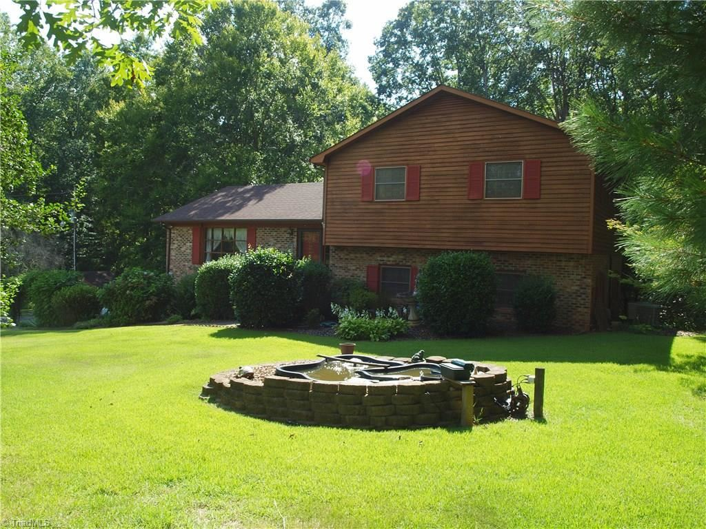 Photo of 2520 Scott Mountain Road, Asheboro, NC 27205 (MLS # 988443)