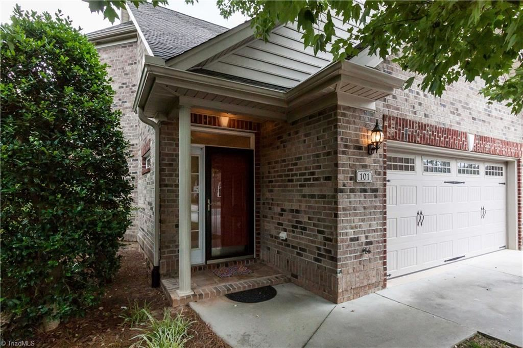 Photo of 101 Southlake Court, Lexington, NC 27295 (MLS # 987478)