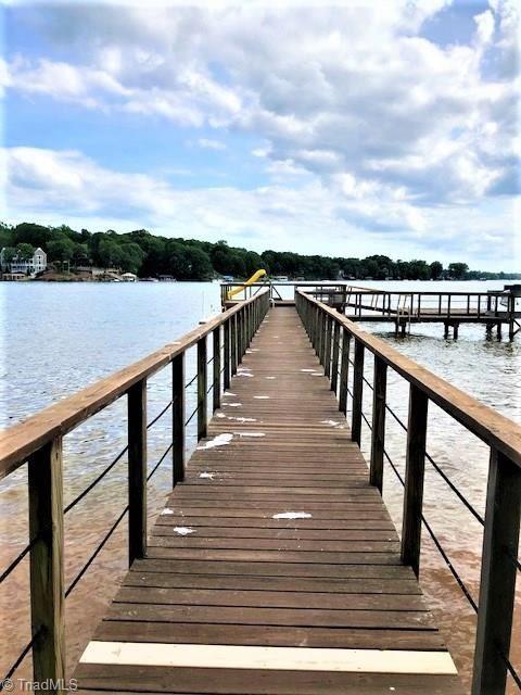 Photo of 216 Nautical Winds, Lexington, NC 27292 (MLS # 977497)