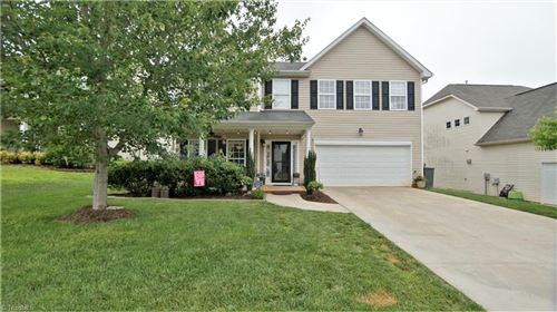 Photo of 192 Creeks Edge Court, Clemmons, NC 27012 (MLS # 981501)
