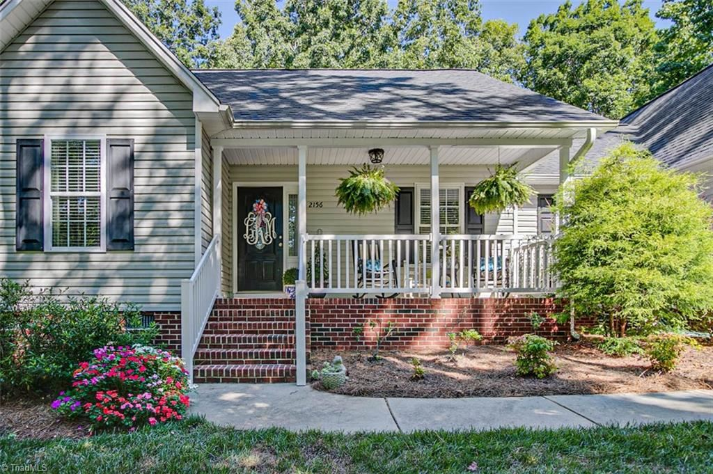 Photo of 2156 Betty McGee Drive, Asheboro, NC 27205 (MLS # 987505)