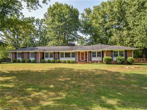 Photo of 6650 Grasmere Court, Clemmons, NC 27012 (MLS # 985508)