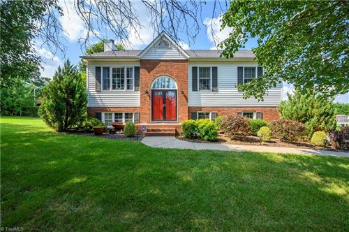 Photo of 224 Twin Creeks Road, Clemmons, NC 27012 (MLS # 985509)