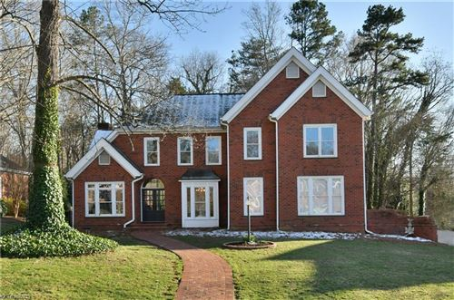 Photo of 6620 Village Brook Trail, Clemmons, NC 27012 (MLS # 967520)
