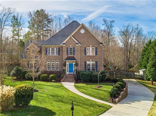 Photo of 2103 Cherrywood Drive, Clemmons, NC 27012 (MLS # 959547)
