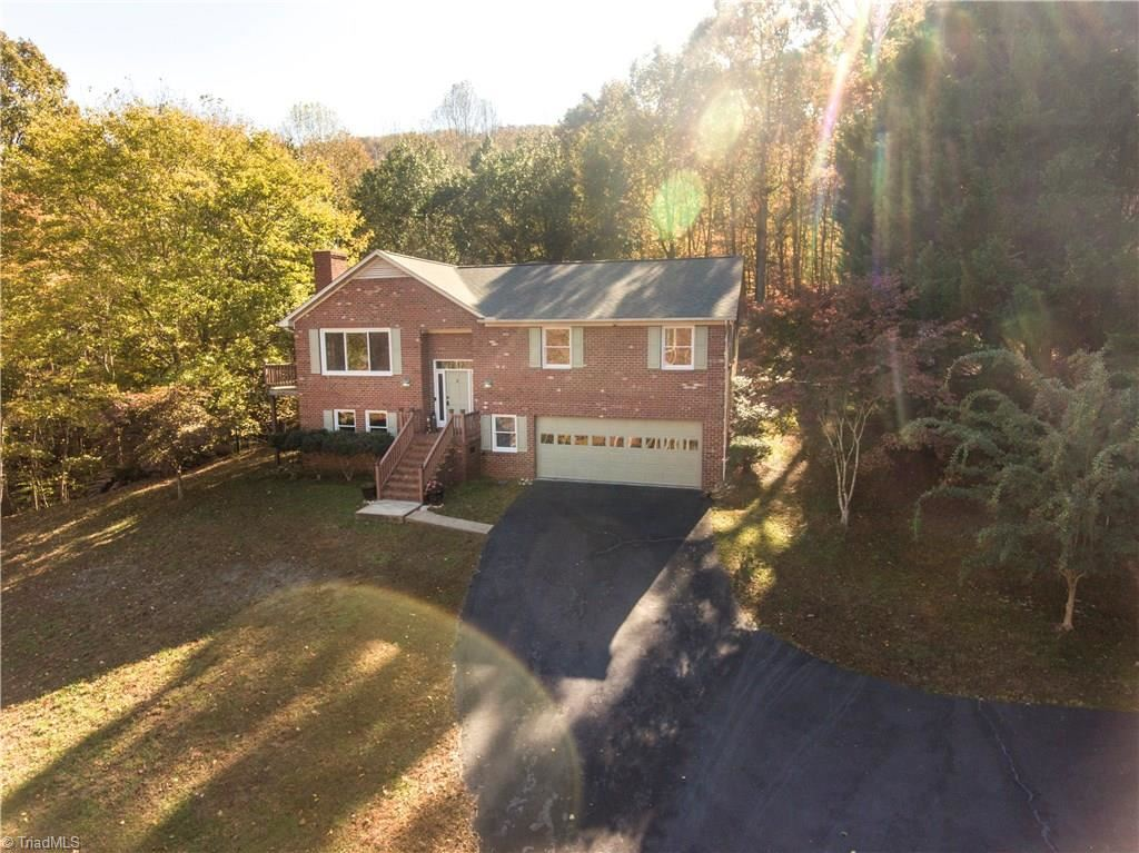 Photo of 1588 Lake Country Drive Extension, Asheboro, NC 27205 (MLS # 956548)