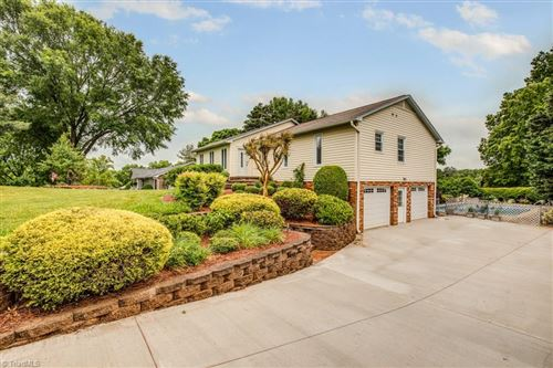 Photo of 3686 Tanglebrook Trail, Clemmons, NC 27012 (MLS # 977559)