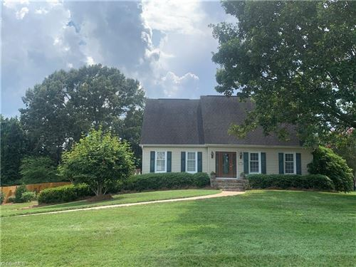Photo of 3638 Tanglebrook Trail, Clemmons, NC 27012 (MLS # 985564)