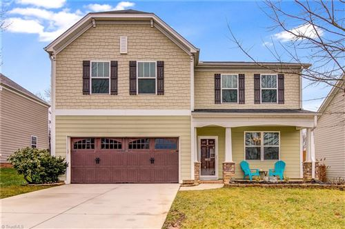 Photo of 4612 Meadowside Terrace, High Point, NC 27265 (MLS # 1012577)