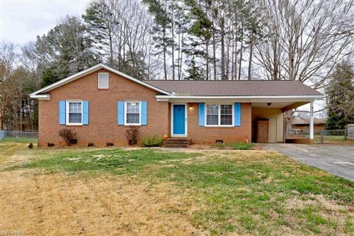 Photo of 522 Dogwood Circle, Rockwell, NC 28138 (MLS # 1008608)