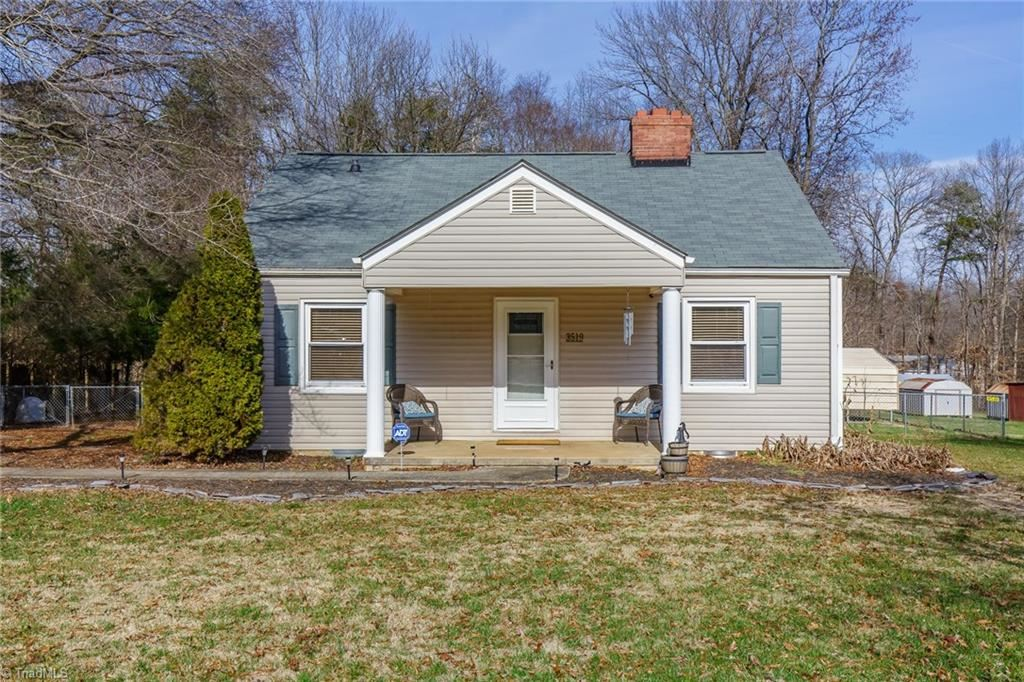 Photo of 3519 McKnight Mill Road, Greensboro, NC 27405 (MLS # 962628)