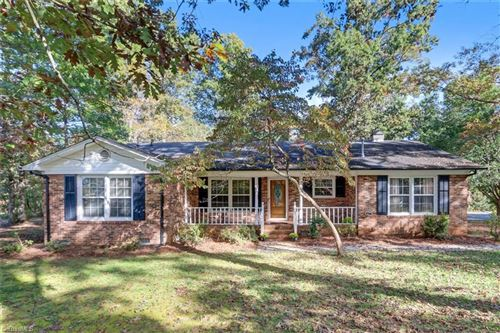 Photo of 403 Forrest Drive, Reidsville, NC 27320 (MLS # 998676)
