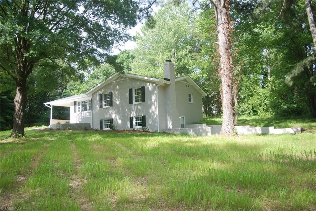 Photo of 718 Old Mill Road, High Point, NC 27265 (MLS # 984689)
